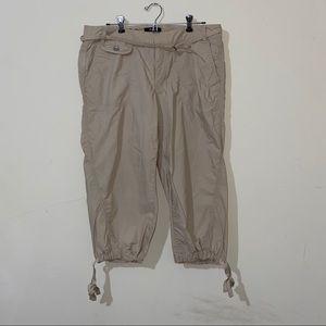 Women's Express Cargo khaki capri pants size 10